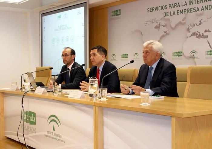 EXTENDA, COFIDES Y LA CÁMARA DE COMERCIO DE SEVILLA  INFORMAN A 56 EMPRESAS SOBRE FINANCIACIÓN INTERNACIONAL