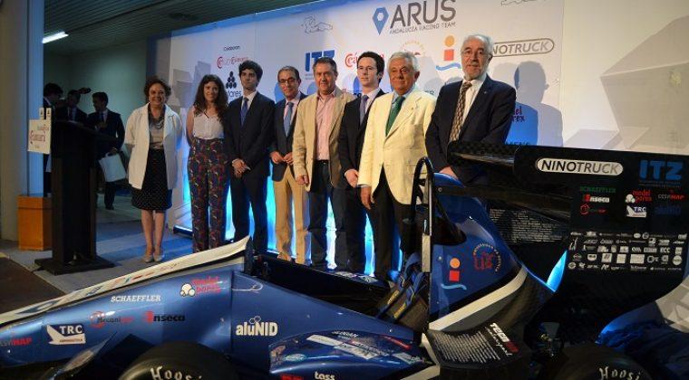 La Cámara de Comercio de Sevilla acogió la presentación del monoplaza de competición construido por ARUS Andalucía Racing