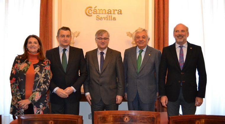 Un centenar de empresarios sevillanos mantienen un encuentro con el Embajador de España en Rusia interesados en conocer las posibilidades comerciales del mercado ruso