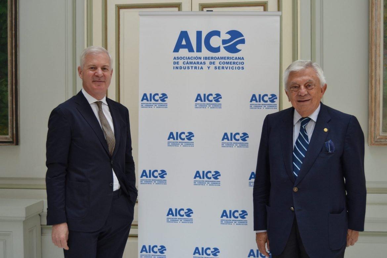 Visita del secretario general de la ICC